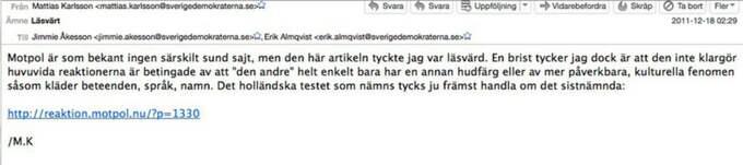 """HÄR TIPSAR HAN PARTIKAMRATER OM """"LÄSVÄRDA"""" ARTIKLAR PÅ MOTPOL"""