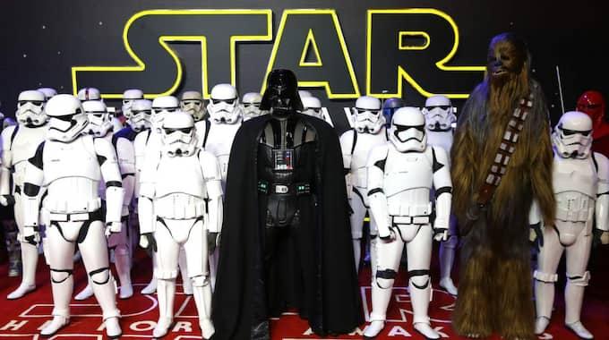 """Fansen älskar den, men """"Star wars""""-skaparen George Lucas är inte helt nöjd med den senaste filmen i serien, """"The force awakens"""". Foto: Chris Jackson"""