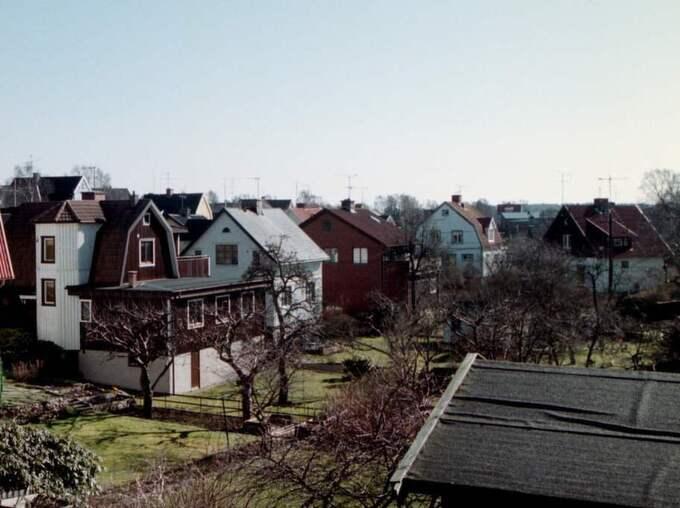 Här i Grimmered i västra Göteborg slog de fräcka tjuvarna till. OBS! Inget av husen på bilden är drabbat. Foto: Emilie Holmström