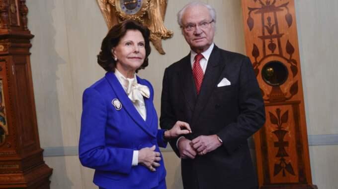 Kungen och drottningen lämnar Sverige på fredag för att flyga ner till Tyskland och begravningen. Foto: Jonas Ekströmer/Tt