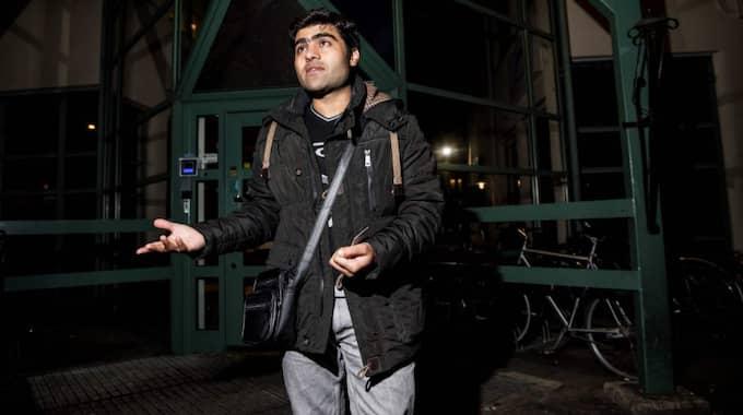 Abdul Hamid Faraaz, 29, från Afghanistan lyckades söka asyl i Sverige sista dagen innan id-kontrollerna på Kastrup infördes. Foto: Christian Örnberg