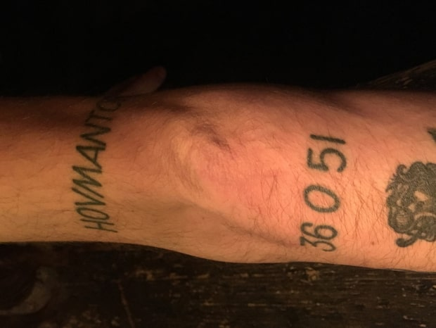 Han tatuerade in postnummer - sedan bytte Postnord