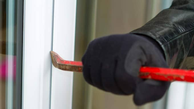 Inbrottet i Lottas hus är bara ett av flera under nyårshelgen. Under nyårsdagen fick polisen anmälningar om över 50 inbrott i Västsverige. Foto: Shutterstock/All over press
