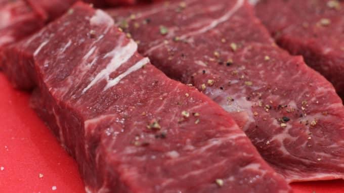 Ät bra kött, producerat av planetskötare och gör det med gott samvete, skriver Line Gordon och Olof Olsson. Foto: Matthew Mead