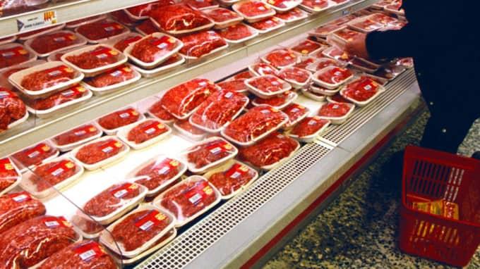 Butiken ska sälja kasserad mat till halva priset. Bilden är från en annan butik. Foto: Lennart Rehnman