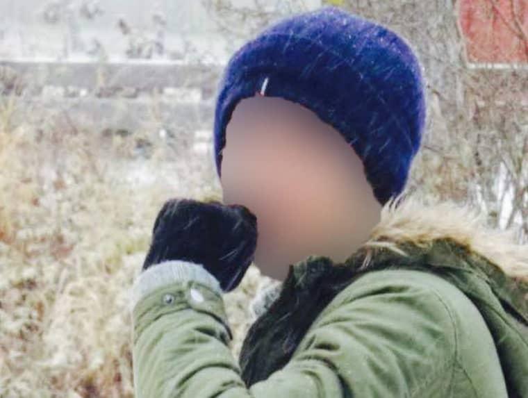 Säpo hade information om att 22-åringen var på väg till Sverige. Nu har den misstänkte terroristen gripits i Boliden sedan beväpnad insatsstyrka gjort ett tillslag.