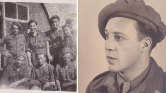 Charles Guillou, i basker, längst till vänster när han var stationerad i Audrieu i norra Frankrike i augusti 1945.