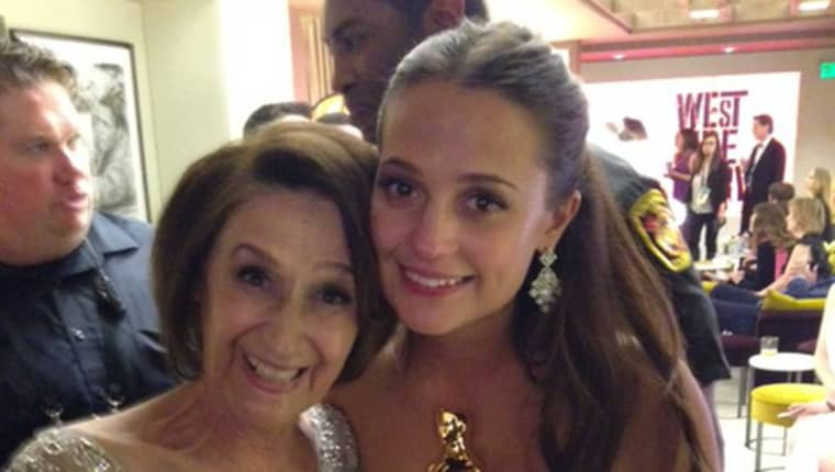 Alicia iIkander tillsammans med sin mamma Maria. Foto: Privat