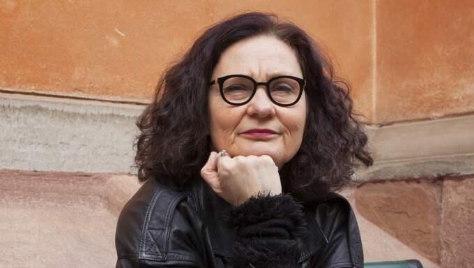 """""""Självklart måste man läsa 'Århundradets kärlekskrig' som en roman, och inte som en sann redogörelse för äktenskapet mellan Ebba Witt-Brattström själv och ex-maken Horace Engdahl."""" Foto: Kristoffer Wikström"""