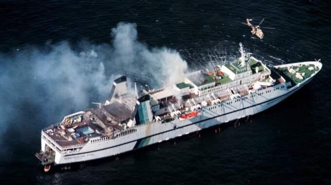 Det var natten till den 7 april 1990 som fartyget sattes i brand på väg från Oslo till Fredrikshamn. Foto: Lennart Rehnman