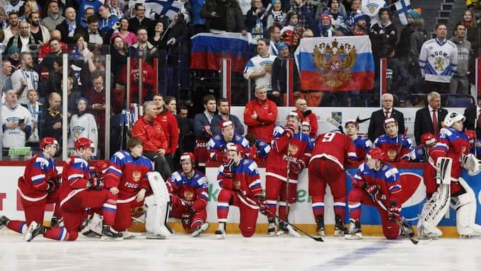 Ryssland deppar efter finalförlusten. Foto: Roni Rekomaa