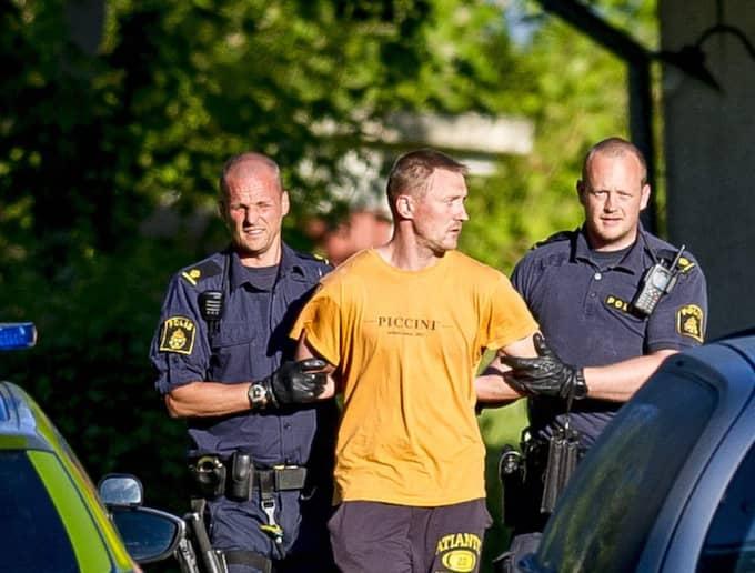 Misstänkte Nerijus Bilevicius, 35, tejpade över Lisa Holms mun och näsa innan han hängde henne, enligt åtalet. Foto: Alex Ljungdahl