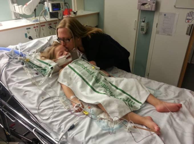 Femåriga Saga Majunie kan dödas av ett krampanfall i sömnen om föräldrarna inte har uppsikt. Foto: Privat