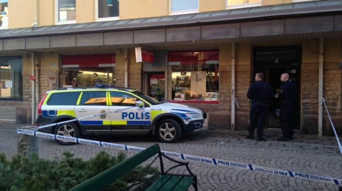 En man har blivit svårt knivhuggen i Skara. Foto: Foto: Skaraborgs läns tidning