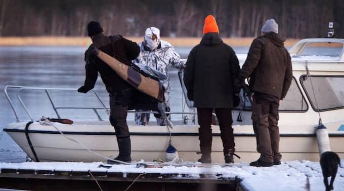 Sällskapet anlände till Ådö i Mälaren utanför Stockholm. Foto: Foto Gunnar Seijbold