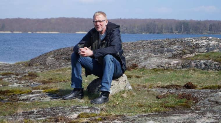"""31 år efter händelserna funderar Mikael Lindholm på vad som hade hänt om man tvingat upp en miniubåt eller gripit en grodman. """"Det klart att man hade önskat att vi åstadkommit ett ännu tydligare bevis. Hade varit rätt bra om vi fått upp något att visa."""""""