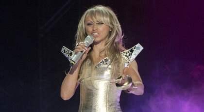 Nanne Grönvall under Melodifestivalens första deltävling där hon stod på scen med Charlotte Perrelli och Sonja Aldén. Foto: Maja Suslin / Scanpix