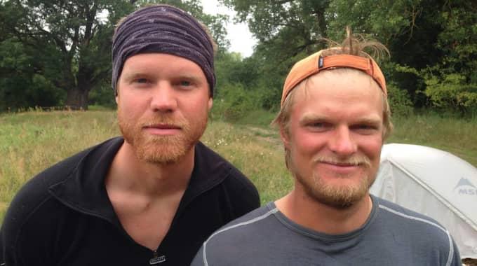 Äventyrarna Jonathan Ljungqvist, 23, och Marcus Aspsjö, 24, ska åka tvärsöver Australien - en sträcka på 400 mil. Foto: Privat