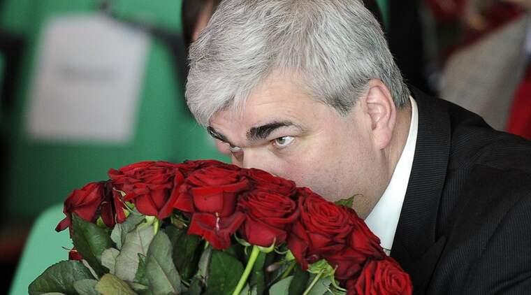 För ett ögonblick fick Håkan Juholt säkert många i partiet att drömma att det var möjligt att redan i nästa val få en rent socialdemokratisk regering. Foto: Suvad Mrkonjic