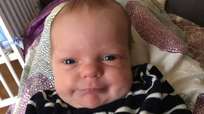 Karl, 2 månader, vägde 2 935 gram och var 47 centimeter lång när han föddes tidigt en morgon. Foto: Privat