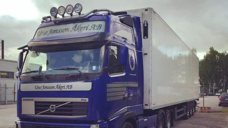 Spåren efter de stulna lastbilarna leder till Årjäng och sedan Kristinehamn – sedan upphör de. Foto: Polis