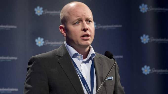 """""""Vi fortsätter att ligga stabilt i opinionen även om det går lite upp och ned i enskilda undersökningar. Vi ser nu fram emot att EU-valrörelsen drar igång där vi kommer åskådliggöra att vi är det mest EU-kritiska aternativet."""" Björn Söder, SD, partisekreterare Foto: Sven Lindwall"""