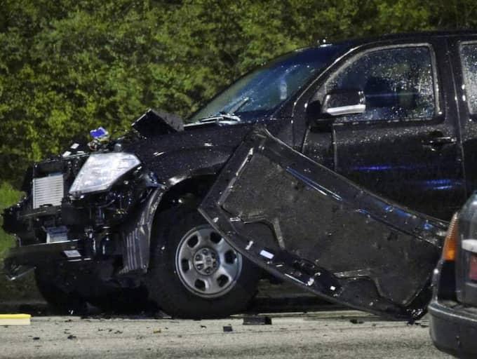 I april detonerade en handgranat på Thomsons väg och skadade två bilar. Det är bara en incident i raden av explosioner i Malmöområdet senaste året. Foto: Patrick Persson