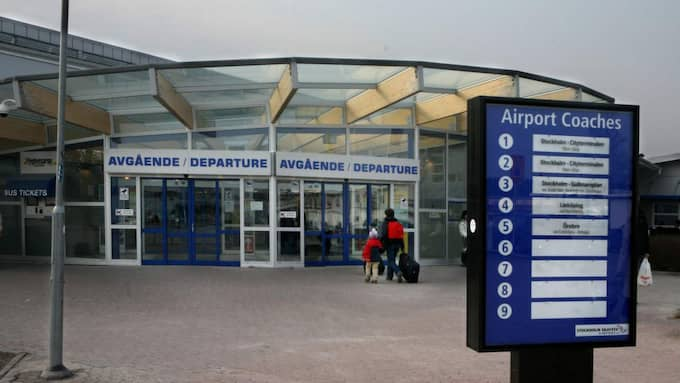 På söndagen finns fyra avgångar planerade från Skavsta flygplats. Alla ankommande flygplan fick landa som vanligt, avgående flighter sköts dock upp. Foto: Ylwa Yngvesson