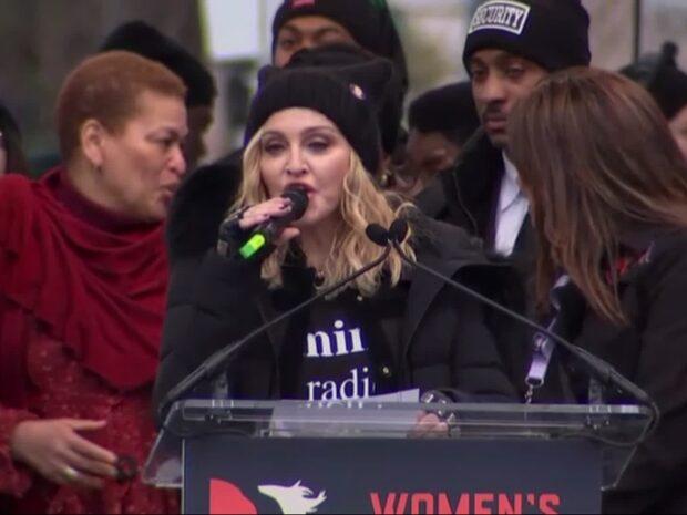 """Madonnas budskap till hatarna - """"Fuck you"""""""
