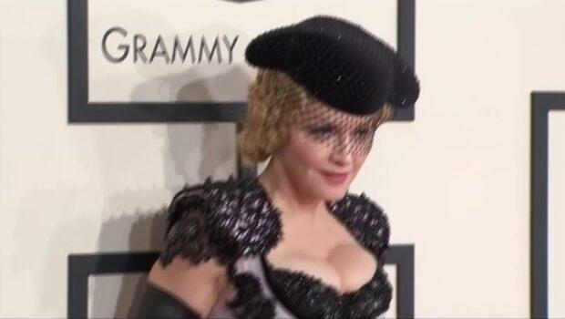 Madonnas krav för bröllop med Penn