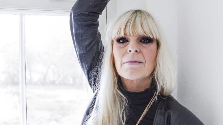 yngre man äldre kvinna datingsidor sverige