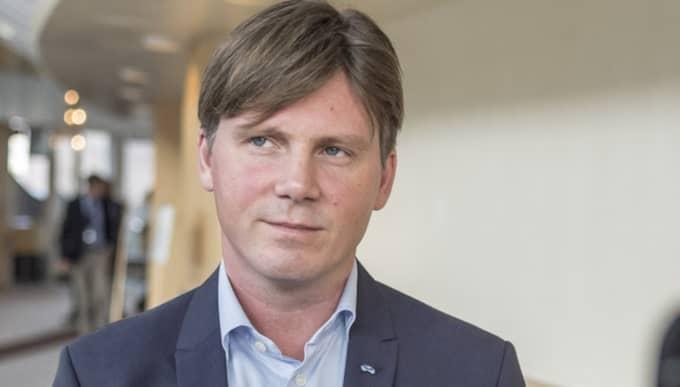 För vissa grupper av asylsökande vill Liberalerna att avslagen ska gå snabbare. Foto: Pelle T Nilsson/ALL OVER PRESS