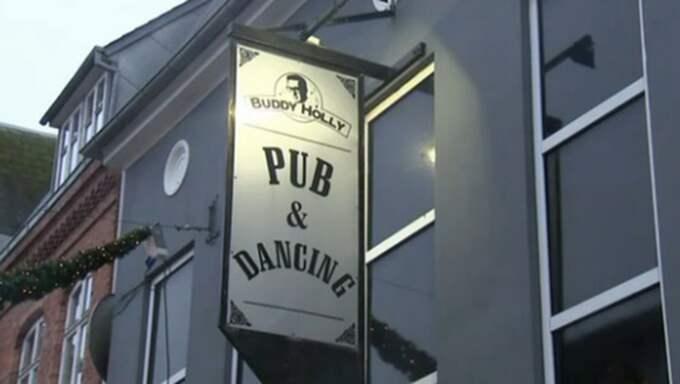 Diskoteket Buddy Holly i Danmark har infört språkkrav för att släppa in besökare. Foto: Danska TV2 Nyheter