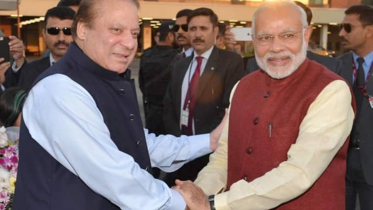 För första gången på ett decennium besökte en indisk premiärminister Pakistan under fredagen.