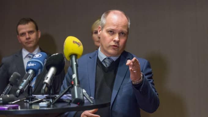 """""""Vi måste se till att de åker hem igen"""", säger migrationsminister Morgan Johansson, S, till Dagens Nyheter. Foto: Pelle T Nilsson"""