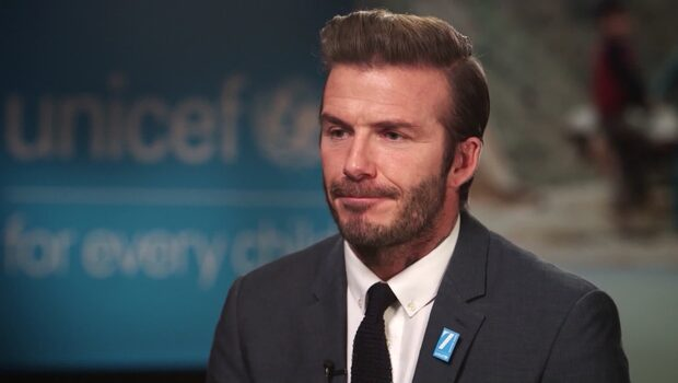 Beckhams hjältedåd - hjälpte ramlande kvinna