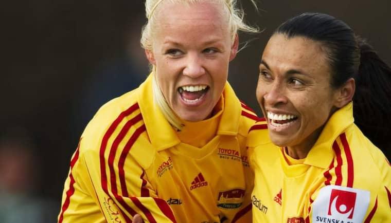 PÅ VÄG BORT. Caroline Seger och Marta får inga förlängda kontrakt med Tyresö. SPORT-Expressen kan avslöja att de är nära en Parisflytt. Foto: Joel Marklund