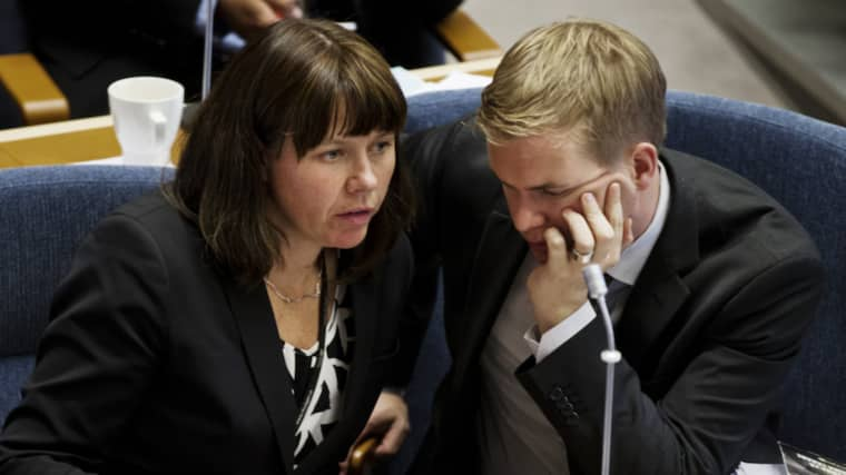 Den interna pressen ökar på MP-språkrören Åsa Romson och Gustav Fridolin inför helgens ödesmöte. Foto: Lisa Mattisson Exp