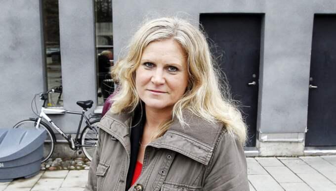 """I tisdagskvällens avsnitt av """"Veckans brott"""" besöker programledaren Camilla Kvartoft Malmö och gränskontrollerna. Foto: Cornelia Nordström"""