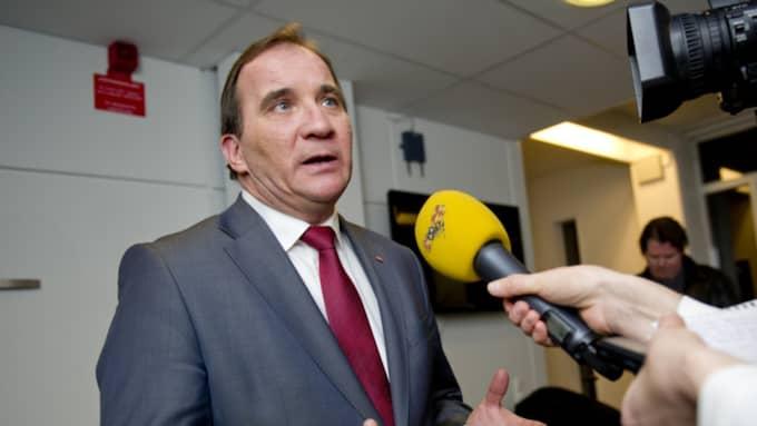 Stefan Löfven och S-ledningen sitter i krismöte om opinionskrisen. Foto: Sara Strandlund
