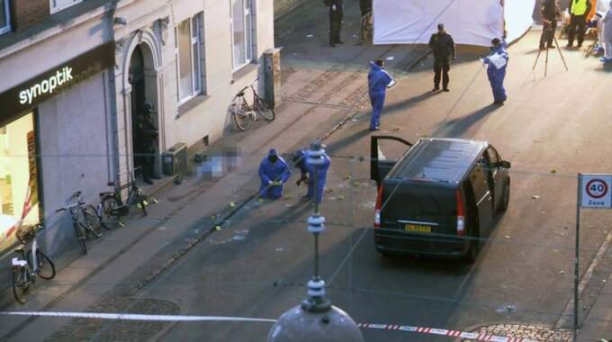 Klockan 05.30 den 15 februari meddelar polisen att man skjutit ihjäl den person som misstänks för attackerna. En utredning ska visa att han först öppnat eld mot polisen och sedan skjutits till döds.