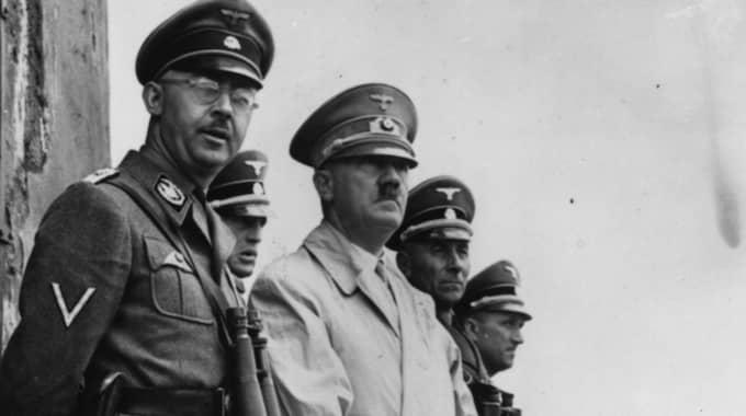 SS-ledaren Heinrich Himmler, här med Adolf Hitler, var en av de ledande nazister som behandlades på Hohenlychen. Rudolf Hess en annan. Sanatoriets chefsläkare Karl Gebhardt avrättades 1948.