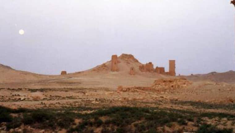 FÖRE: De unika torngravarna stod i det som kallades Gravarnas dal. Gravkammrarna var kända för sina rika utsmyckningar.