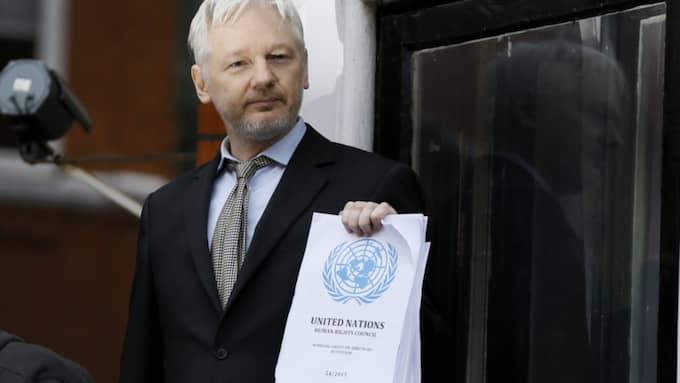 Assange. Foto: Kirsty Wigglesworth/AP