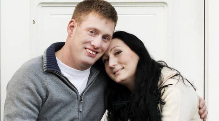 """I """"Bonde söker fru"""" hittade Klas Karlsson kärleken i Sandra Olsson: """"Det var något med kemin som bara inte gick att motstå."""" Foto: Olle Sporrong"""