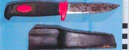 Teorin: Mördade sin kompis med morakniv