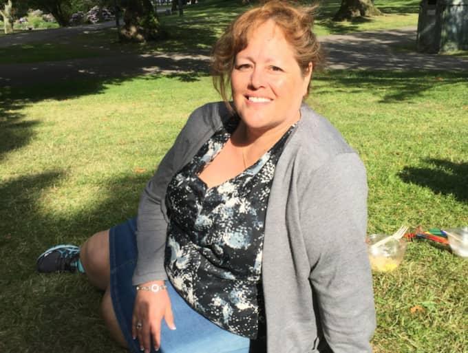Martha Patricia-Strömberg, 48, handläggare, Göteborg Det var kaos. Avenyn låg i spillror, och jag kom ihåg hur förvånad jag blev. Att något sådant kunde hända i Sverige. Det var lite av ett uppvaknande. Foto: Jens Andersson