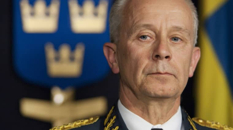 Osunt lagbyte. Sverker Göranson krävde många nya Jasplan som ÖB. Nu börjar han jobba för Jasmakaren Saab. Foto: Stefan Forsell