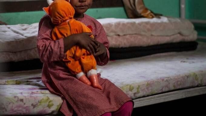 En av flickorna som har räddats undan .bordellverksamheten. Foto: Privat
