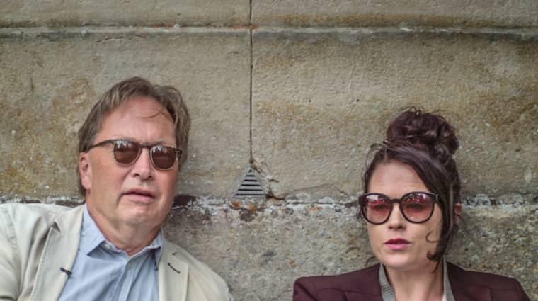 Horace Engdahl och Liv Strömquist på bildningsresa i SVT:s nya kulturprogram. Foto: SVT